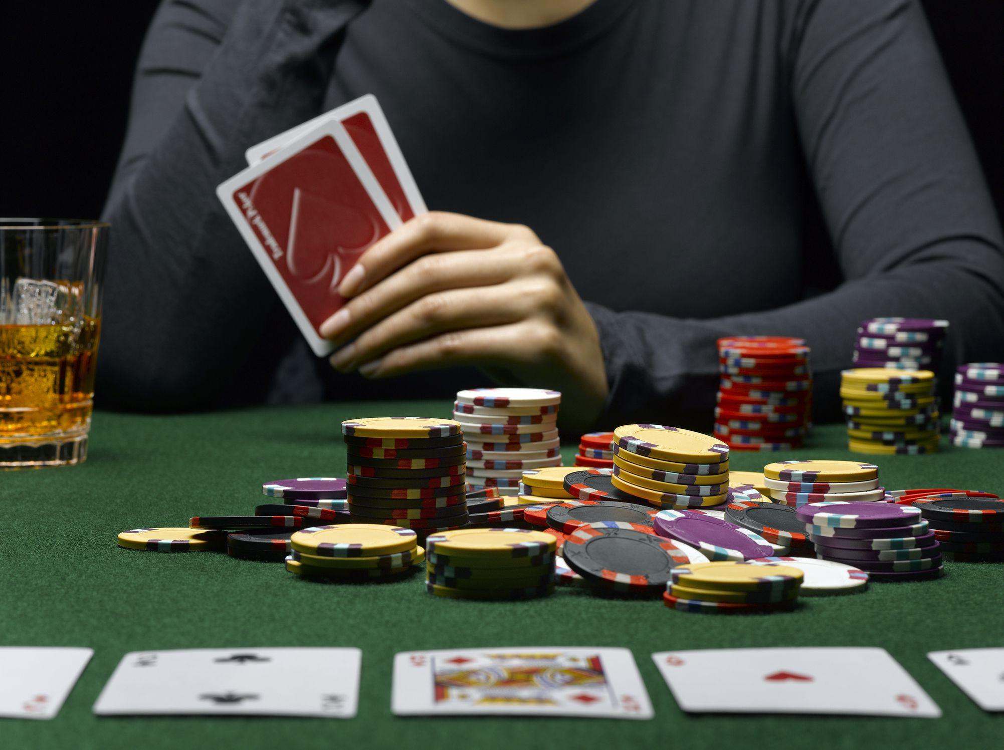 Favorable Poker Online Opportunities For Willing Bettors